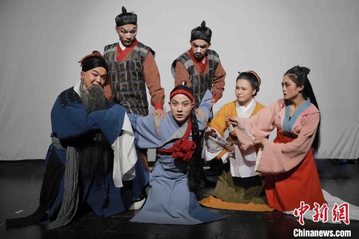 豫剧《石壕吏》上演传统文化成戏曲创新之源